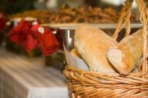 Chf table with bread