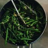 Buffet green beans
