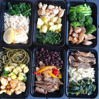 Healthy packed meals